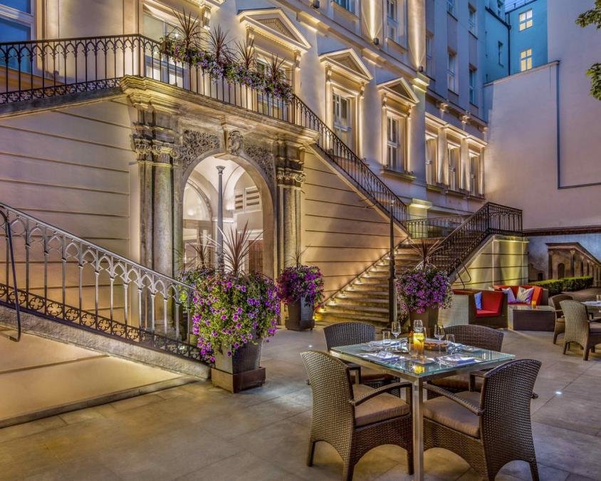 The mark luxury hotel prague 5 prague czech republic for Luxury hotels prague